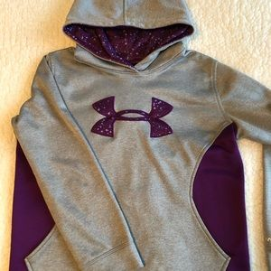 Under Armour Youth hoodie size Large